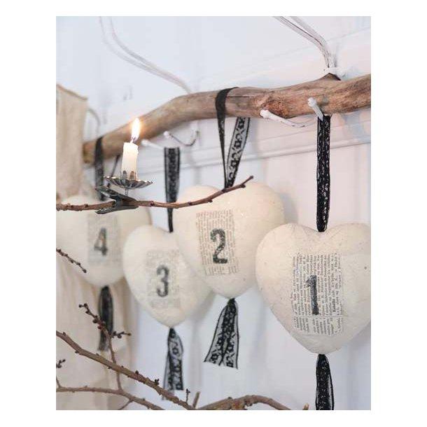 Adventshjerter m/håndlavet papir & blonde - 11 cm